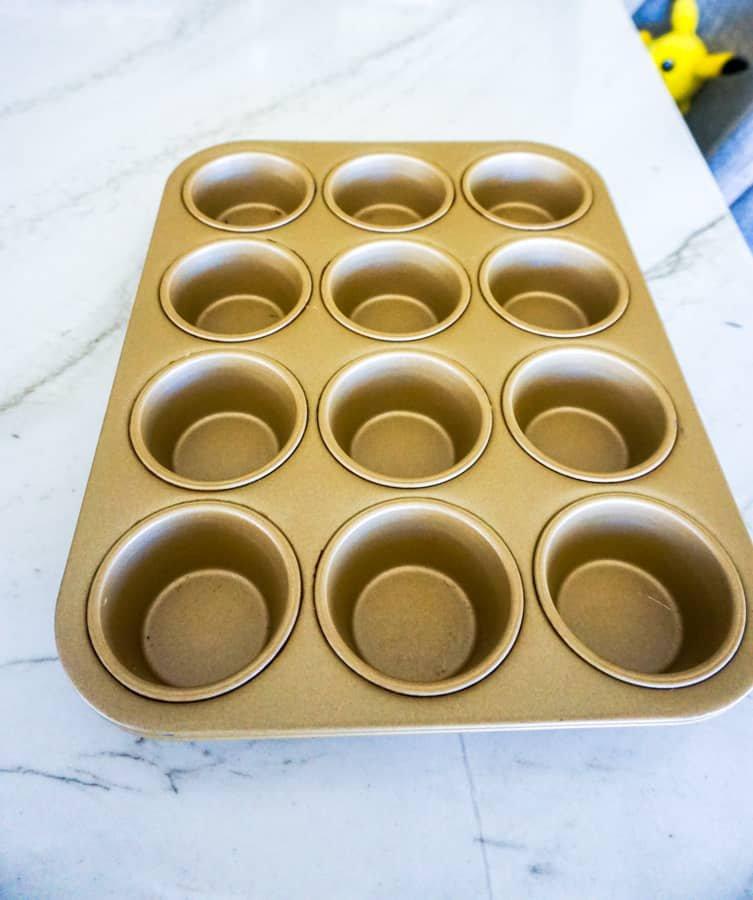 cupcake pan.jpg