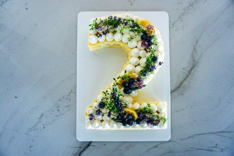 number 2 cake-3.jpg